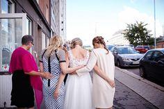 Sanna & Henri Dokumentaarinen hääkuvaus Helsinki Valokuvaaja Häihin, hääkuvaaja,