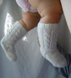 PDF PATTERN Baby Girl Cable Knit Knee Highs Two Straight Needles Spring Easter Handknit Socks Sock Pattern Knee-High