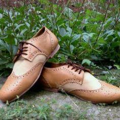 sepatu derby,ini adalah sepatu yang sangat bagus buat fashion, namun banyak model derby lainya yang sangat cocok buat kantor