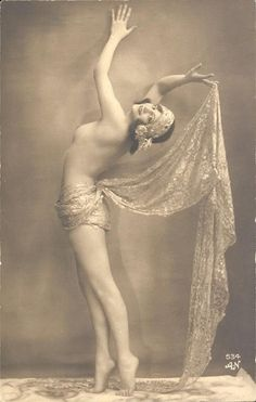 The Jessie-1920's Floral Cluster Bridal Bandeau-Ivory Lace Turban Headband Bohemian Bride Vintage Wedding Ziegfeld Follies showgirl. $118.00, via Etsy.