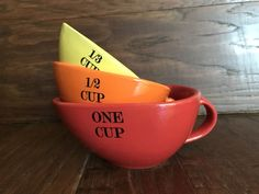 S/3 RED ORANGE YELLOW NESTING MEASURING CUPS 1 CUP 1/2 CUP 1/3 CUP STONEWARE #Unknown