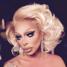 The Ice Queen Cometh: Emmy-nominated Drag Race Star Raven Brings Her Dramatic Act to San Antonio's Main Strip Raven Drag Queen, Drag Queen Make-up, Ice Queen, Drag Queens, Divas, Adore Delano, Drag Makeup, Black Drag Queen Makeup, Full Makeup
