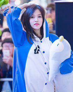 Twice Mina Cute – Oppa Wallpapaer Korea Nayeon, Kpop Girl Groups, Korean Girl Groups, Kpop Girls, All About Penguins, Cute Penguins, San Antonio, Twice Fanart, Jihyo Twice