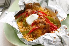 Foil-Pack Chicken Fajita Dinner recipe: Combine chicken breasts, peppers, salsa and more for an easy chicken fajita dinner. This Foil-Pack Chicken Fajita Dinner is easy on the cleanup crew. Mexican Food Recipes, Dinner Recipes, Dinner Ideas, Dinner Dishes, Foil Pack Dinners, Chicken Fajitas, Steak Fajitas, Taco Chicken, Chicken Enchiladas