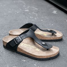 Gizeh Oiled Leather Sandal by Birkenstock