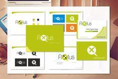 Aplicación de marca en tarjeta y diseño de manual de entidad corporativa