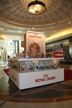 Royal Canin Mall Activation Unit - reception counter