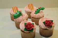 CUPCAKES Sant Jordi Cupcakes, Birthday Treats, Ideas Para, Fondant, Sweets, San, Cookies, Desserts, Creativity