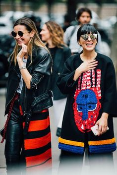#Paris  #FashionWeek  #StreetStyle  Paris Fashion Week Street Style 2016 | British Vogue