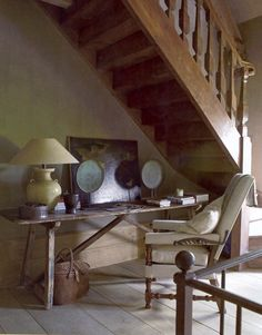 Great old staircase... Decorated wall tables