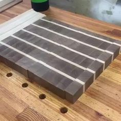 And we've got a brick board folks. Woodworking Ideas Table, Easy Woodworking Projects, Woodworking Techniques, Woodworking Tools, Woodworking Furniture, Wood Furniture, Small Wooden Projects, Diy Wood Projects, Scrap Wood Crafts