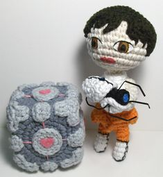 Portal 2 Weighted Companion Cube and Chell - Free Amigurumi Pattern