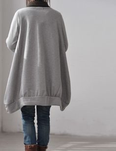 Asymmetric long sleeved T shirt