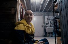 Watch the first trailer for M. Night Shyamalan's upcoming thriller 'Split' starring X-Men star James McAvoy and Anya Taylor-Joy. James Mcavoy, Betty Buckley, Arielle Kebbel, 10 Film, Emily Browning, Bruce Willis, Plot Twist, Colin Firth, New Trailers
