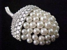 "Vtg 1960s Trifari Acorn Faux Pearl Large 2"" 3D Silver Tone Brooch Pin  $39.95"
