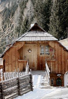 House in Alps; Almdorf Seinerzeit / Austria