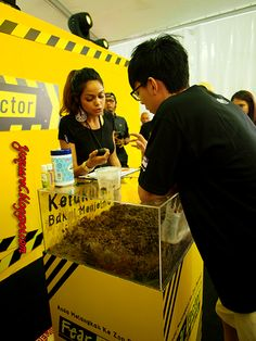 Fear Factor Malaysia #fearfactormy @fearfactormy blogger Joel Wong doing his first challenge