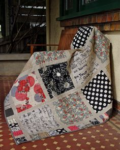 Fat quarter block quilt - cute & different border idea