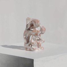 Handou / Ryosuke Yazaki 2016 terracotta tonoko 存在感あり。