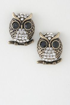 owl earrings. Jenn Duff I thought of you when I saw this! :)