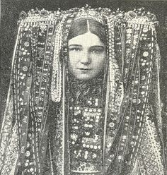 "reblololo: (via lemmy_caution) headdress Czech woman, scanned from ""Peoples of the world in pictures"" We Are The World, People Around The World, Folklore, Beautiful World, Beautiful People, Folk Costume, Costumes, Portraits, World Best Photos"