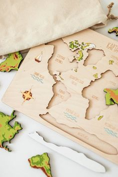Toddler Toys, Baby Toys, Baby Play, Wooden Puzzles, Wooden Toys, World Map Puzzle, Educational Games For Kids, Kids Wood, Montessori Toys