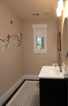 Beautiful bathroom renovation in Bethesda, MD by Bethesda Home Design http://www.offersandphotos.com/links/bethesdahomedesign