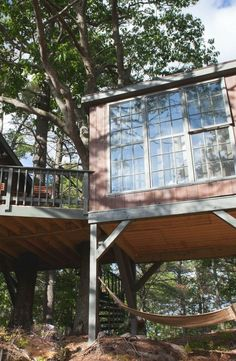 This vacation discover this waterfront tree house and reconnect with your natural surroundings in Maine.