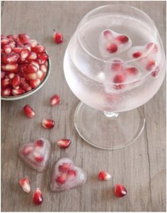 Ideas for Valentine's Day #drink #ice #diy #pomegranate