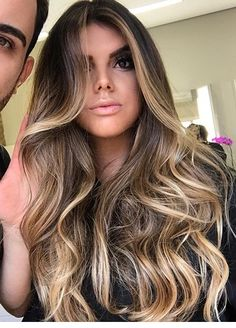 35 new Ideas for hair color miel beautiful Cabelo Ombre Hair, Balayage Hair, Brown Hair Inspiration, Honey Brown Hair, Brunette Hair, Hair Blond, Haircuts For Long Hair, Gorgeous Hair, Pretty Hairstyles