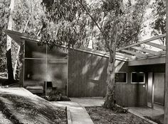 Case Study House 10 (1947) by Kemper Nomland