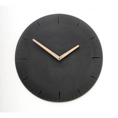Wertwerke Large Concrete Watch Round - Black | Wertwerke Clocks