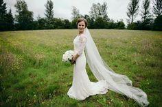 Lesley Benson #EleganzaSposa #Eleganza #realbride #bridal #bride #weddingdress #weddinggown #bridalgown #bridaldress #summerwedding #Glasgow #Scotland