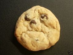"""Old Man Cookie face. """"In my day cookies didn't have any sugar and that's the way we liked it. Things With Faces, Funny Captions, Food Humor, Funny Food, It's Funny, Food Jokes, Diet Humor, Funny Humor, Recipes"""
