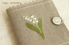 Freestyle Embroidery : Lilly-of-the-Valley Needlebook - Mayu Embroidery