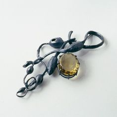 Georg Dobler, brooch, oxidised silver, lemon citrine