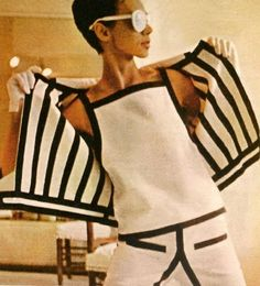 Andre Courrages, 1965 - Perfect for my character Suzy Kempis 60s And 70s Fashion, Mod Fashion, Vintage Fashion, Fashion Trends, Sporty Fashion, Fashion Women, Fashion Outfits, Vintage Outfits, Robes Vintage