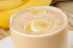 Bloat-Busting Banana Smoothie: Filled with probiotics, protein and fiber, this smoothie will help balance your belly bloat.