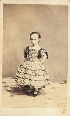girl civil war era fashion However, I think her picture taken after death, look closely you can see the stand holds her up. Vintage Children Photos, Vintage Pictures, Old Pictures, Vintage Images, Old Photos, Antique Photos, Vintage Girls, Civil War Fashion, Historical Clothing