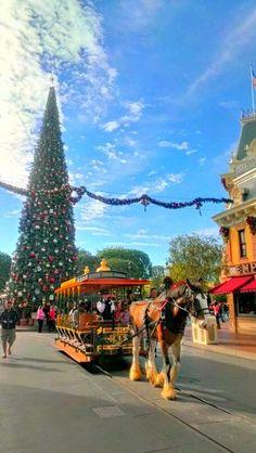 Live from Main Street USA #Disneyland
