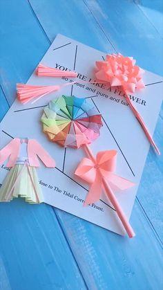 Paper Flowers Craft, Paper Crafts Origami, Paper Crafts For Kids, Flower Crafts, Fish Crafts, Diy Crafts Hacks, Diy Crafts For Gifts, Diy Crafts Videos, Creative Crafts