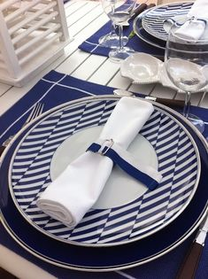 Modern Décor to be placed throughout the Second room as table settings - Blue and white stripes