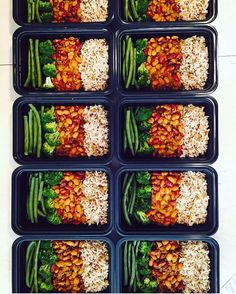 Check out this protein packed vegan meal prep by @cleanbeanie - If you want to see your abs the best place to get cut is in the kitchen. Download @mealplanmagic to help you build custom meal plans that work. - ALL-IN-ONE TOOL & GUIDES -  Build Custom Plans & Set Nutrition Goals  BMR BMI & Max Rate Calculator  Learn Your Macros by Body Type & Goal  Grocery Lists Automated to Weekly Needs  Accurate Cooking and Prep Summaries  Combine & Export Data for Two Plans  Track Your Progress & Daily…