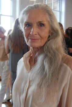 Wrinkles are NOT ugly - Worlds oldest working topmodel Daphne Selfe. She has had no plastic surgery.  Still beautiful.