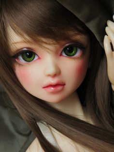 These green eyes are just what Cairo needs... I might even prefer a darker shade ^.^