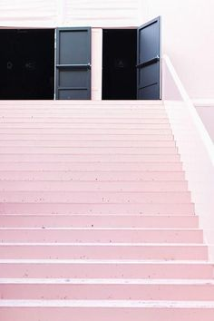 Painted pale pastel pink stairs in Paris, the location for the Louis Vuitton Spring Summer 14 collection Pink Love, Pretty In Pink, Pale Pink, Paris Fashion Week, Interior And Exterior, Interior Design, Up House, Everything Pink, Pink Aesthetic