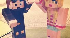 GALLERY: DanTDM - Family in TheDiamondminecart Style - Youtuber Review