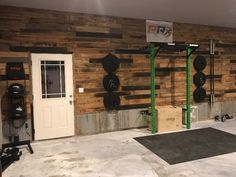 A home gym is a terrific method to conserve loan. Take a look on top home gym ideas along with little exercise space ideas for your home. Home Gym Garage, Basement Gym, Basement Ideas, Home Gym Decor, Music Studio Room, Home Gym Design, House Design, Gym Room, Best Home Gym