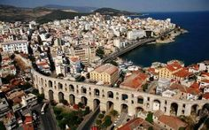 The city I'm about to present is one of the most picturesque cities of Greece, Kavala. Symvolo, Kavala and its port is actually forming one of the most graphic landscape destinations in Greece. Macedonia Greece, Thessaloniki, Best Cities, Ancient Greece, Greek Islands, Travel Photos, Places To See, Beautiful Places, Around The Worlds
