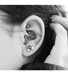 16 ear piercing ideas that are bold and beautiful - CosmopolitanUK Tragus Piercings, Ear Piercings Chart, Cool Ear Piercings, Types Of Ear Piercings, Multiple Ear Piercings, Piercing Chart, Gauges, Ear Peircings, Piercing Tattoo